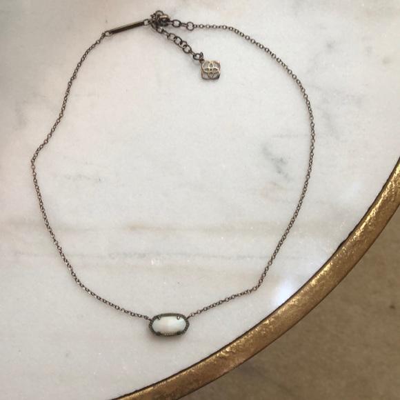 Kendra Scott Jewelry - white kendra scott necklace, gold chain